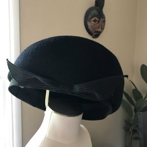 Other - Adorable wool beret